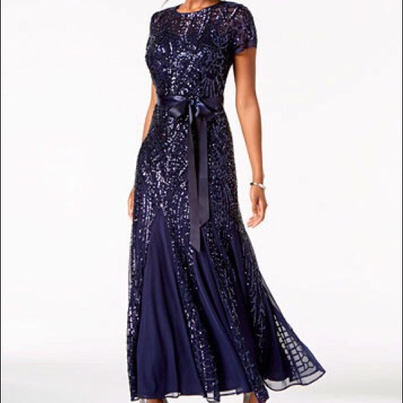 71848ae27f5 R M Richards Sequin Embellished Pleated Gown. M 5b5141e22aa96a21deeec497